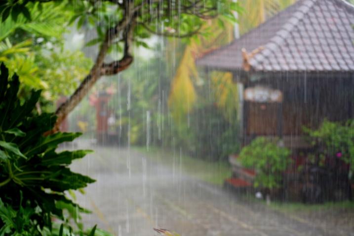 tanahlot deszcz